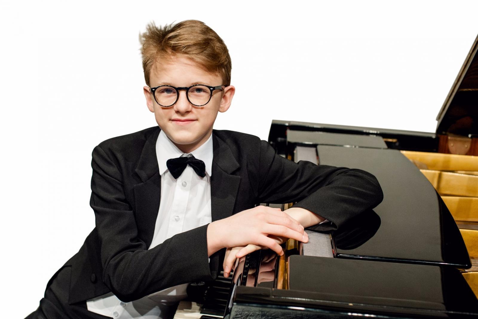 Klavírista Jan Čmejla se stal vítězem rozhlasové soutěže Concertino Praga 2019