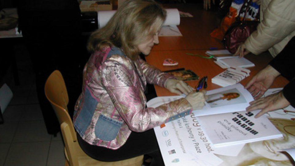 Gratulace Hudebního nakladatelství paní Evě Pilarové