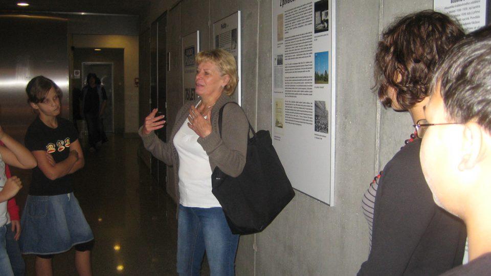 Kateřina Kamarádová vypráví o rozhlasových hrách