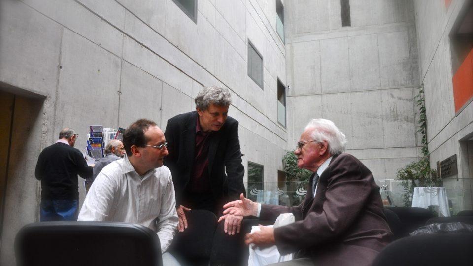 Zleva: Martin Hyber, Jura Pavlica, PhDr. Zdeněk Šesták