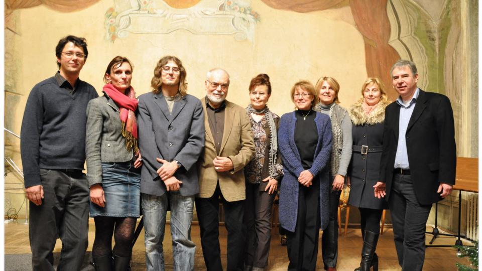 Organizátoři, účastníci vystoupení Karla Růžičky a zástupkyně Ministerstva školství, mládeže a tělovýchovy