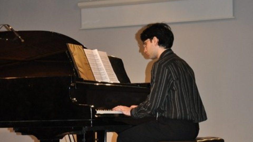 Interpret u klavíru