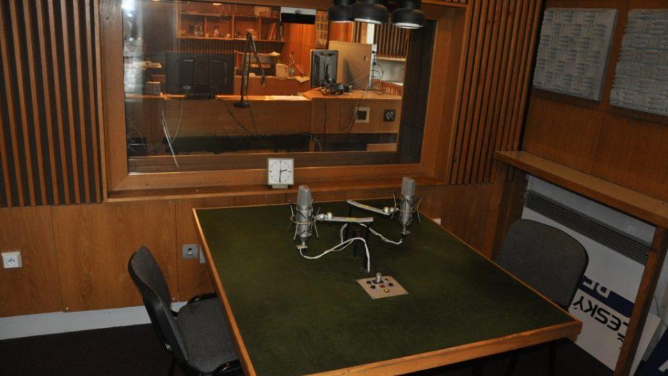 Regina - studio 33