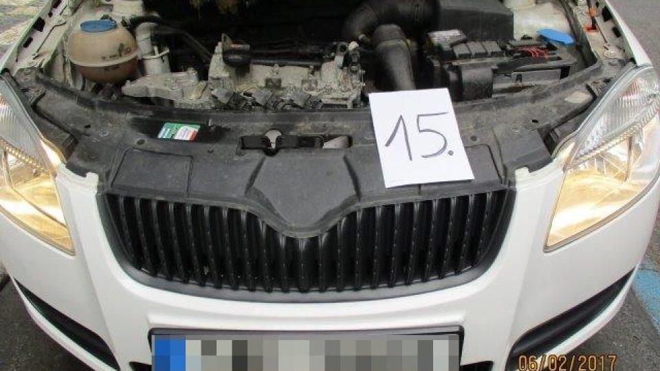 1AE5888 a.jpg