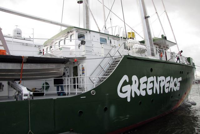 Nová loď Greenpeace se objeví i u pobřeží Spojených států